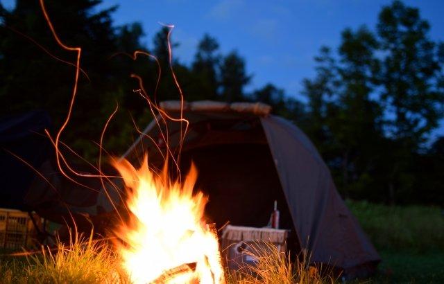 スノーピークキャンプ場で他社テントを張ってもいい?